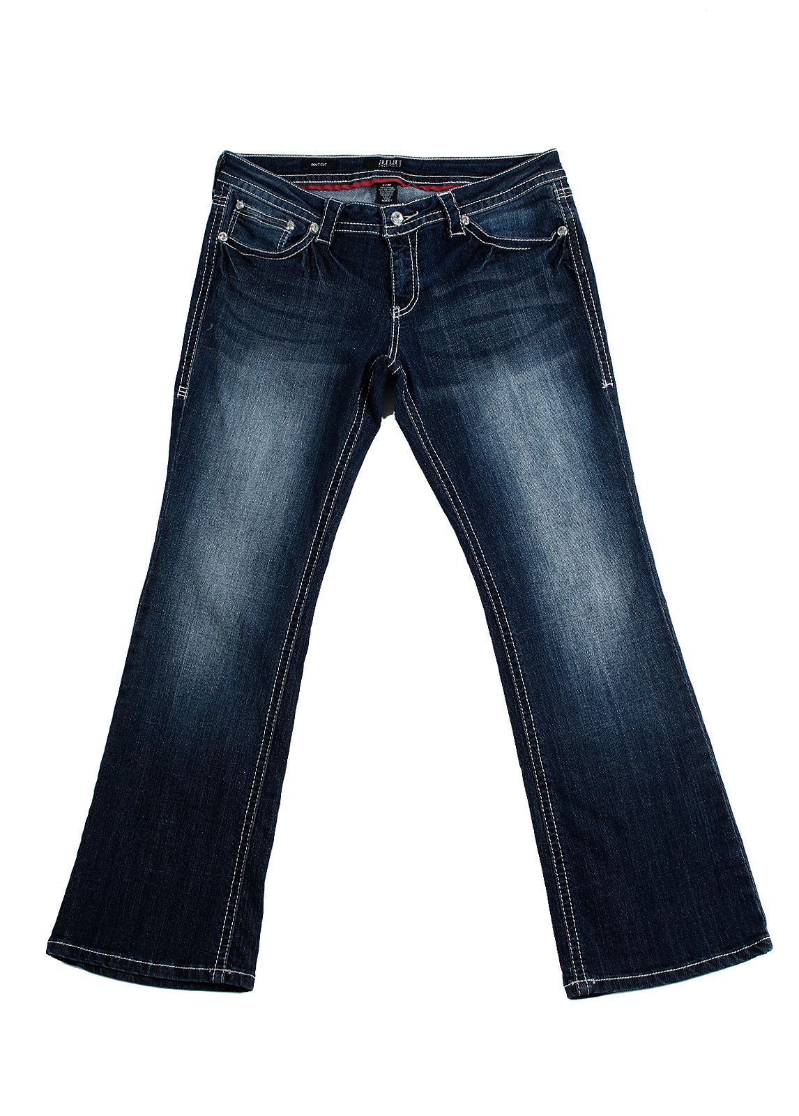 Bootcut Jeans for Women. We are proud to be one of the first premium denim brands to have perfected the bootcut jean for women. Versatile and comfortable no matter your height or body type, our bootcut jeans are made to flatter and elongating the legs while offering a supremely comfortable fit.