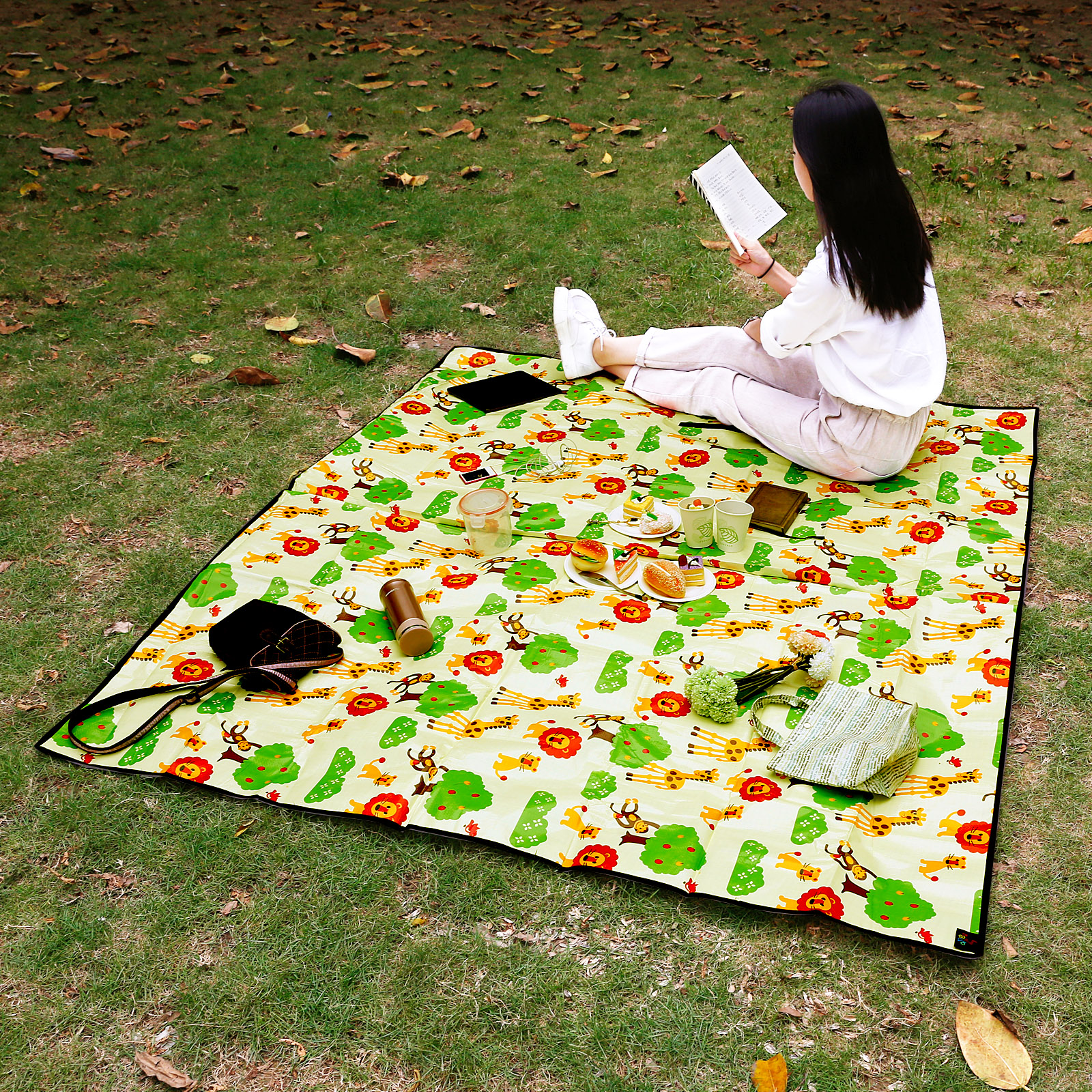 Extra Waterproof Picnic Blanket Rug Travel Outdoor