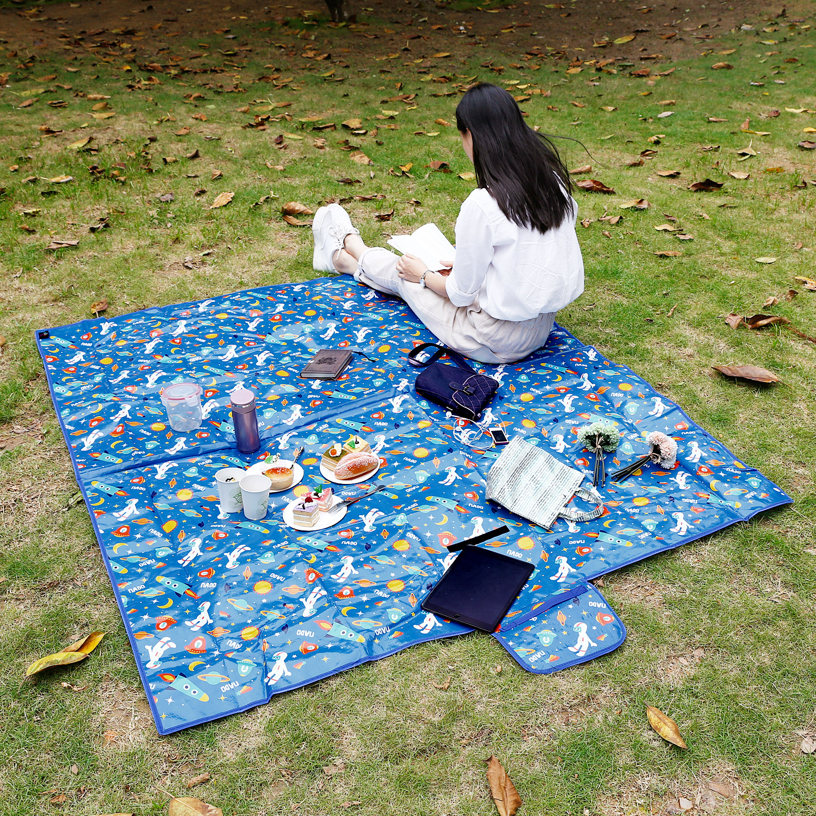 Large Beach Blankets: Extra Large Waterproof Picnic Blanket Rug Travel Outdoor