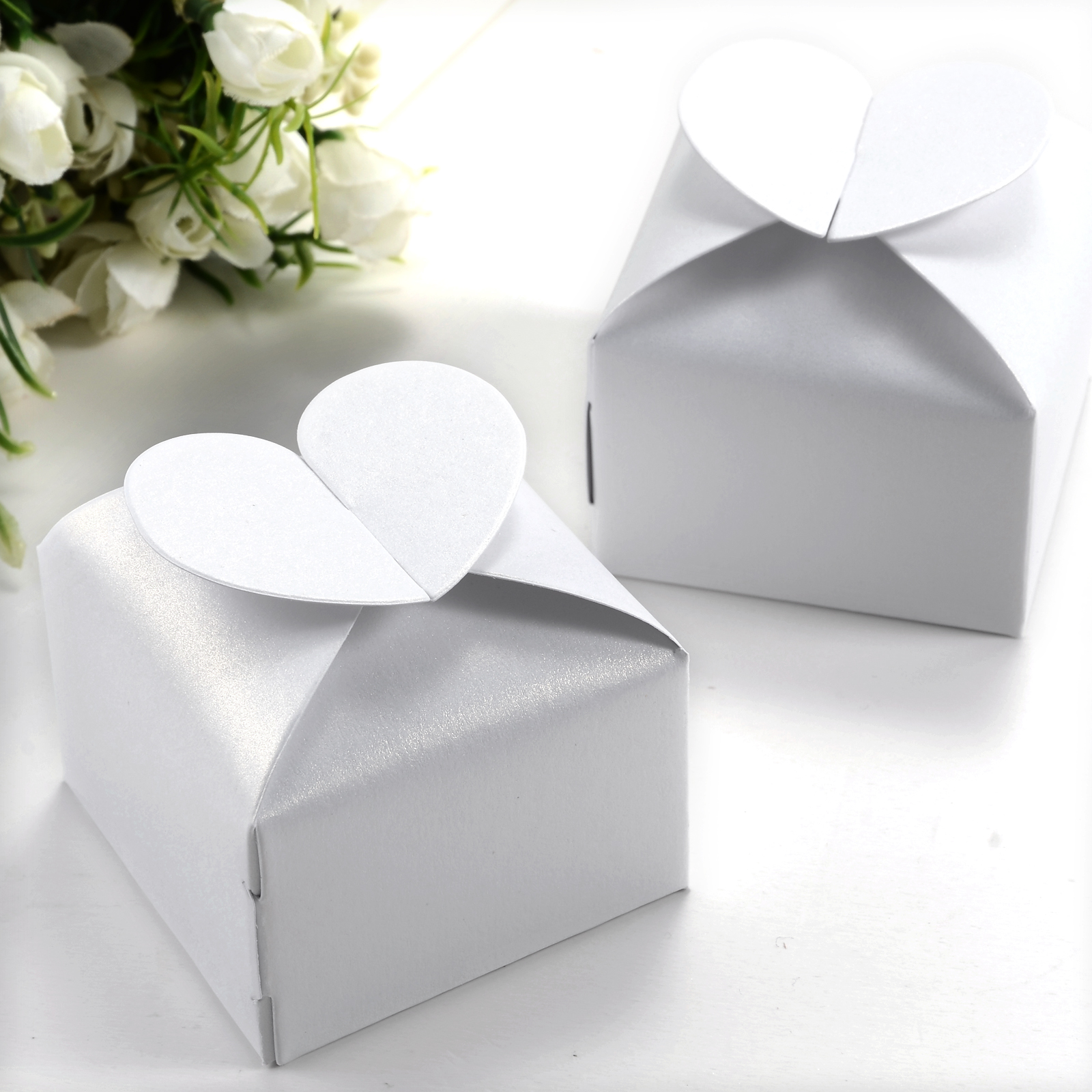 50 PCS Wedding Favor Gift Candy Boxes Heart Style FOR Wedding Party
