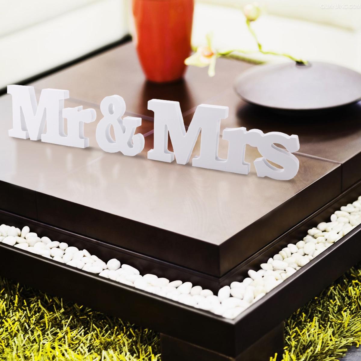 mr mrs buchstaben schriftzug hochzeit stehend dekoration tischdeko ebay. Black Bedroom Furniture Sets. Home Design Ideas